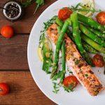 Τι πρέπει να τρώτε για να ζήσετε έως τα 100