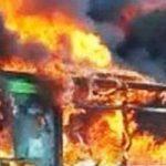 Μιλάνο: Μετανάστης έβαλε φωτιά σε σχολικό λεωφορείο