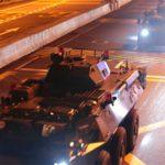 Εισβολή κινεζικών αρμάτων στο Χονγκ Κονγκ (vid)