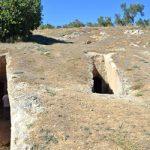 Δύο νέοι ασύλητοι τάφοι στα Αηδόνια Νεμέας (vid)