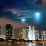 Γαλάζιο UFO πάνω από το νησί Οάχου της Χαβάης (vid)