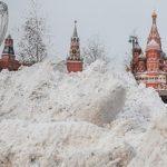 Τι συμβαίνει στη Σιβηρία και χιονίζει μικροπλαστικά; (vid)