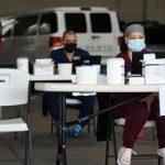 Εμβολιασμοί: Οι Έλληνες αρνούνται να υποκύψουν στους εκβιασμούς του Μητσοτάκη